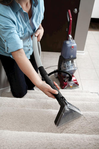 Hoover Power Scrub cleaniing stairs